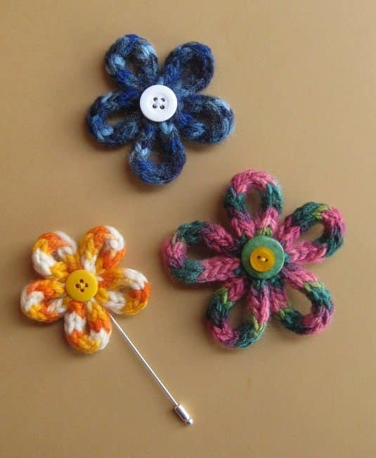 Como Hacer Flores Con Lana Por Cuatro Cuartos - Como-hacer-una-flor-de-lana